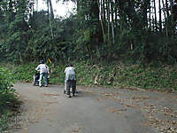 20111004007