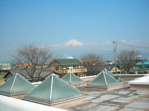 道の駅「富士」から望む富士山(2)